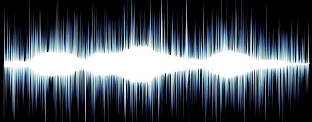 Sonidos apocalípticos se escuchan en distintas partes...