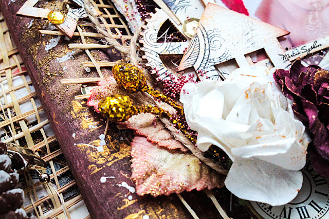 @marinasyskova #scrapbooking #alterart #mixedmedia #christmas #photoframe