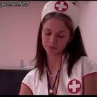 Enfermeira batendo punheta para paciente