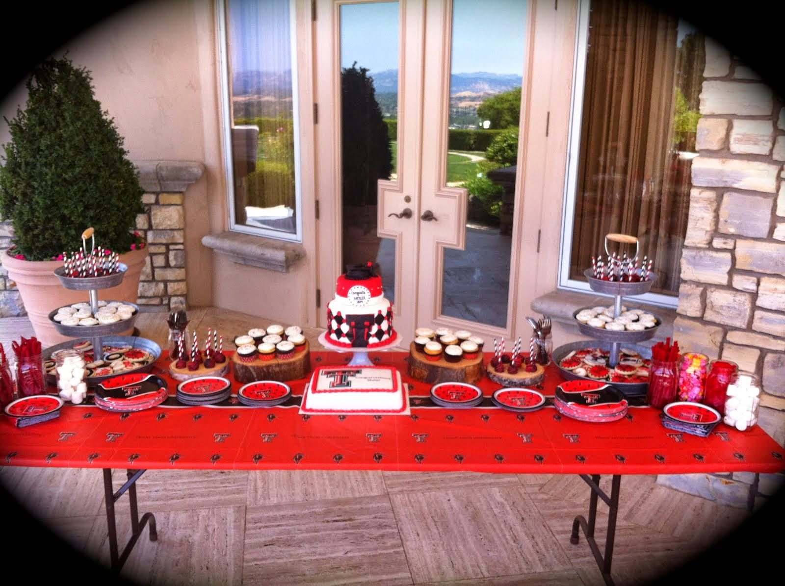 TEXAS TECH GRADUATION DESSERT TABLE