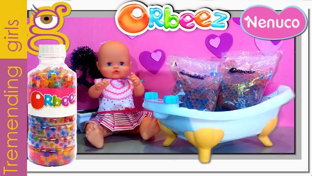Bañamos a nuestro bebé Nenuco con Orbeez en la Bañera Nenuco - juguetes Nenuco