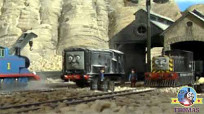 Thomas and friends Salty the diesel wagons mine storage quarry train Mavis and diesel new motor oil