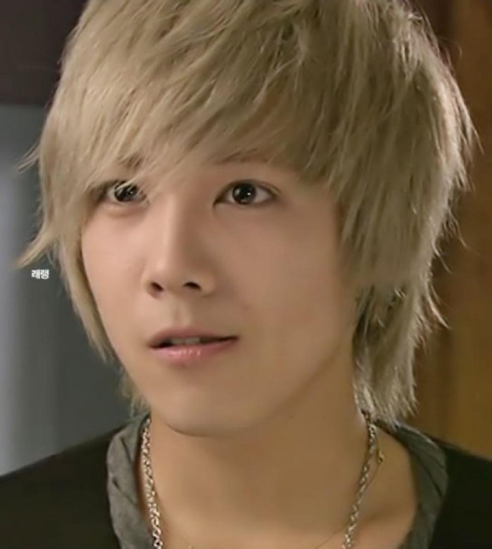 Hair Style Ki Photo : Korean Hairstyles - Lee Hong Ki ( F.T Island ) Korean Hairstyles ...
