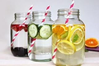 Minuman Segar Ini Ampuh untuk Bakar Lemak dan Perut Kembung