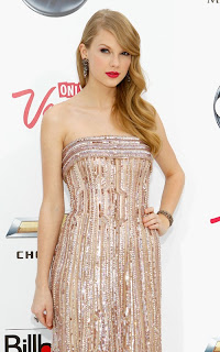 taylor-swift-pic-2011Music-Awards02.jpg