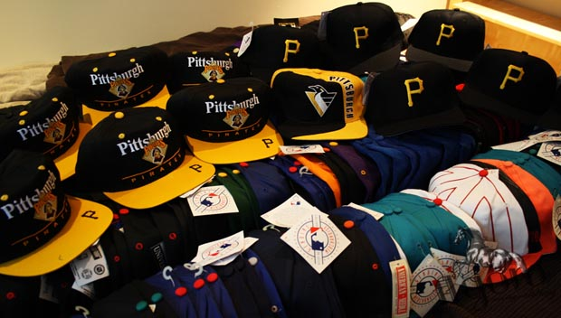 baa7bc67ce8 Vintage Pittsburgh Pirates Snapback Hats - Agora Clothing Blog