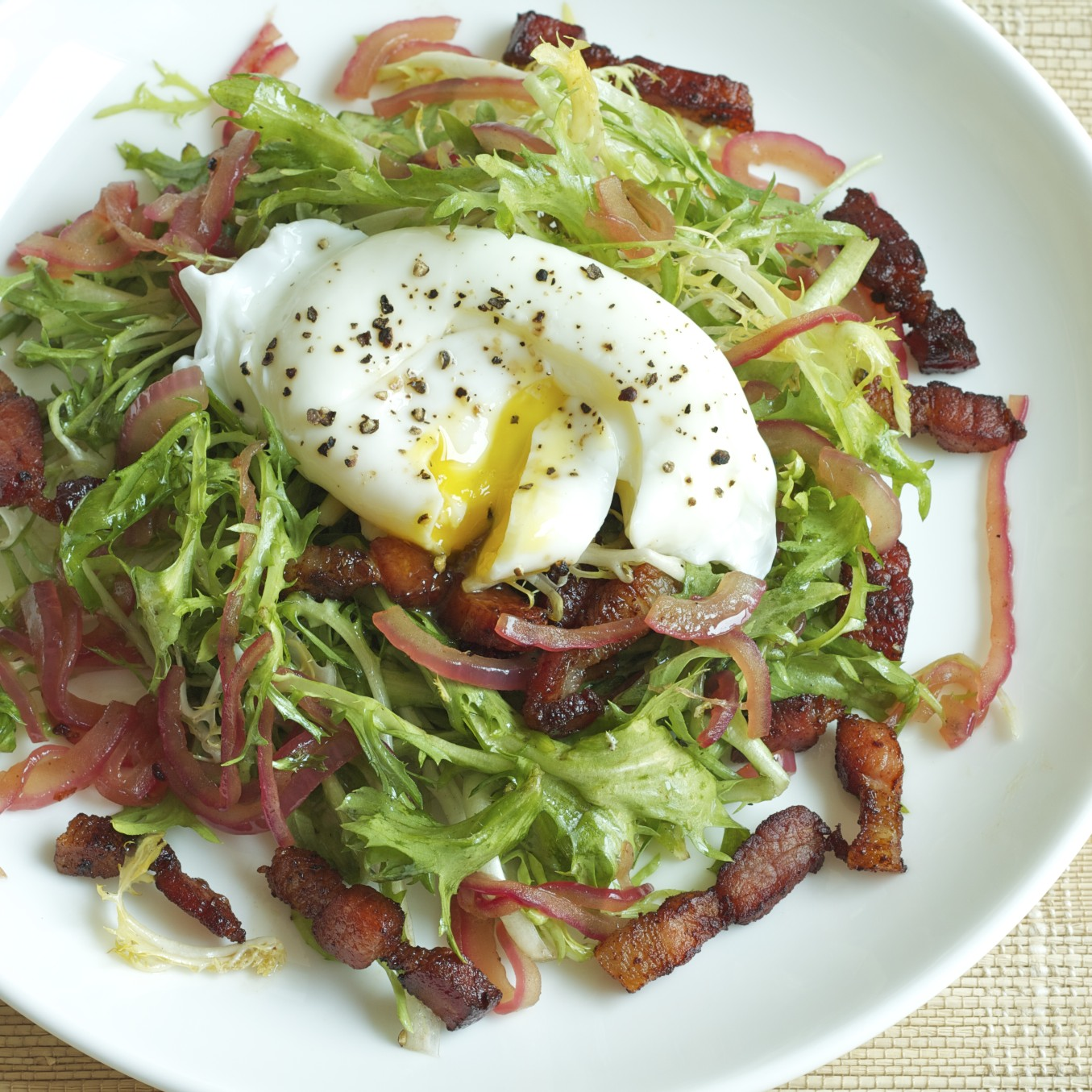 Poached Eggs With Frisee Recipe — Dishmaps