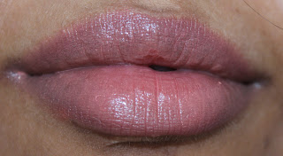 Color Whisper Mocha Muse swatch on lips