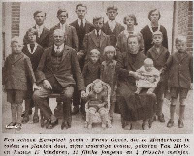 Het gezin Frans Geets-Van Mirlo uit Minderhout met hun 15 kinderen.