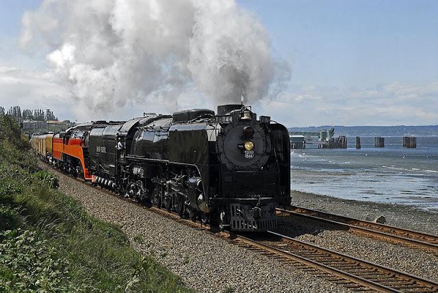 Gambar Kereta Api Lokomotif Uap Union Pacific Northern 4-8-4 844 04