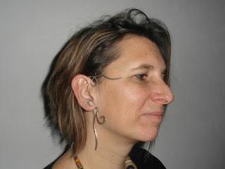 Arabesque, Tour d'oreille porté