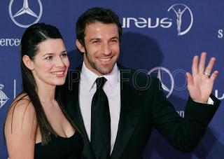 All football players alessandro del piero wife sonia for Alessandro del piero sonia amoruso