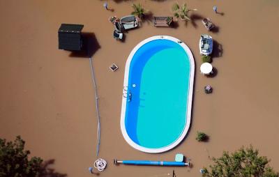 Una piscina en una inundación.