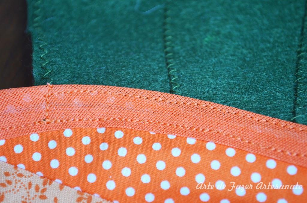 Trilho de mesa para páscoa em patchwork