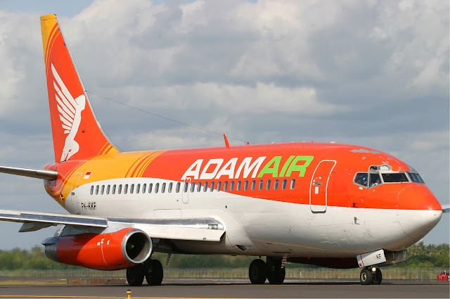 hilangnya pesawat adam air