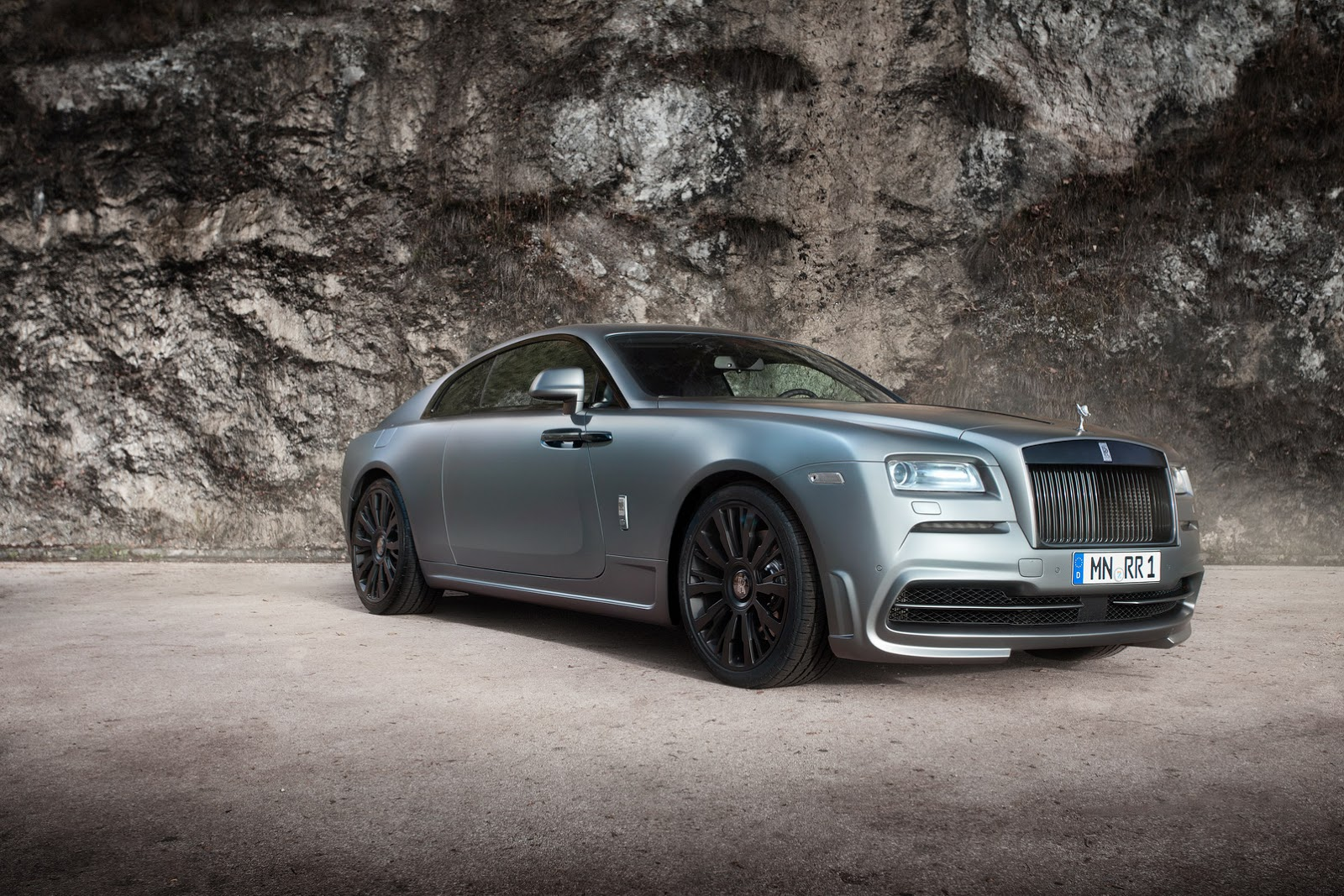 would you tune a rolls royce wraith coupe like this carscoops. Black Bedroom Furniture Sets. Home Design Ideas