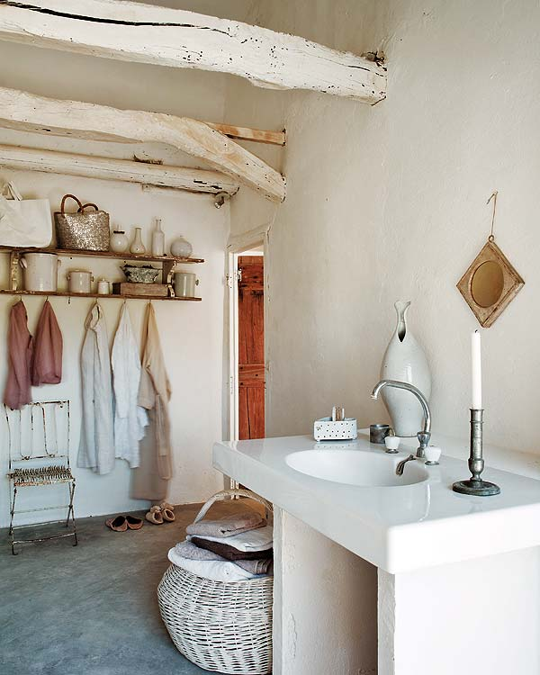 Decoracion Baño Rural:Rustic Chic Bathroom