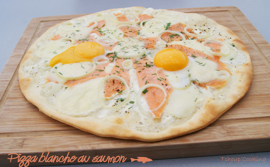 tchoup 39 cooking pizza blanche au saumon hummm. Black Bedroom Furniture Sets. Home Design Ideas