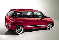 Fiat 500L (2013) Rear Side