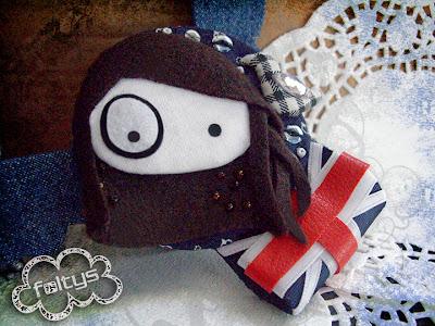 broche personalizado foltys vs pio pio: Nuria (100% handmade with ♥)