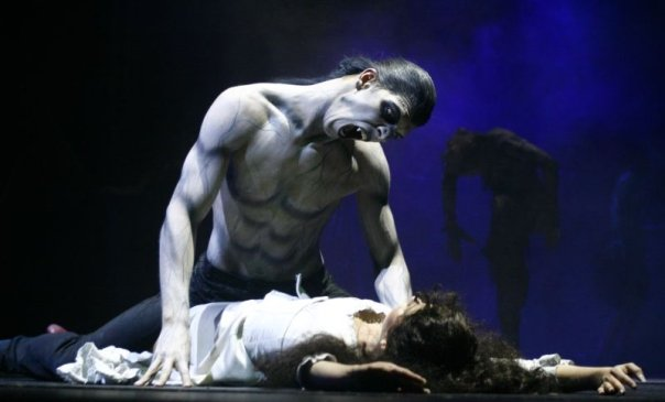 one night in theatre: tanz der vampire - budapest (2008-), Einladung