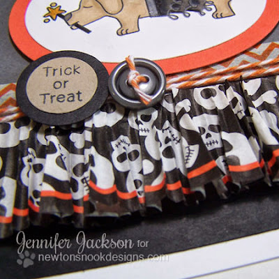Halloween puppy card using cupcake liner