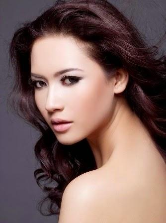 Koleksi Foto Cantik Elvira Devinamira Putri Indonesia 2014, Wakil Miss Universe 2014 from Indonesi