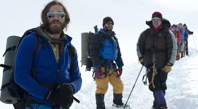 Jake Gyllenhaal fala sobre o montanhista Scott Fischer, seu personagem em 'Evereste'