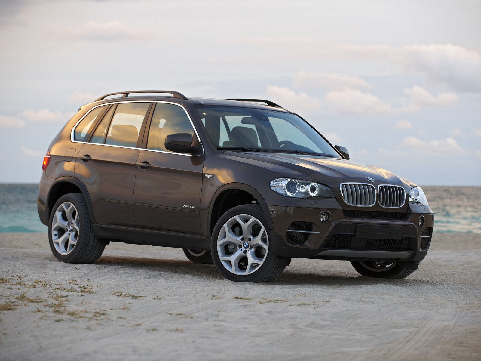 automotive database bmw x5 e70. Black Bedroom Furniture Sets. Home Design Ideas