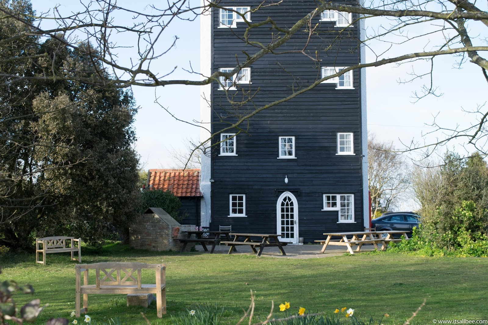 thorpeness house in the clouds