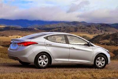 Elantra 2015  Carros Hyundai Elantra