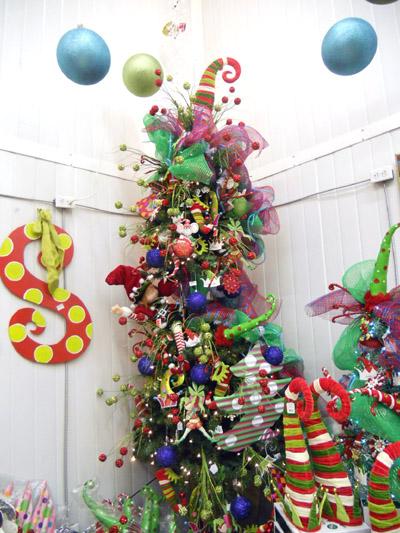 Never Listless 22 Funky Unusual Alternative Christmas Trees