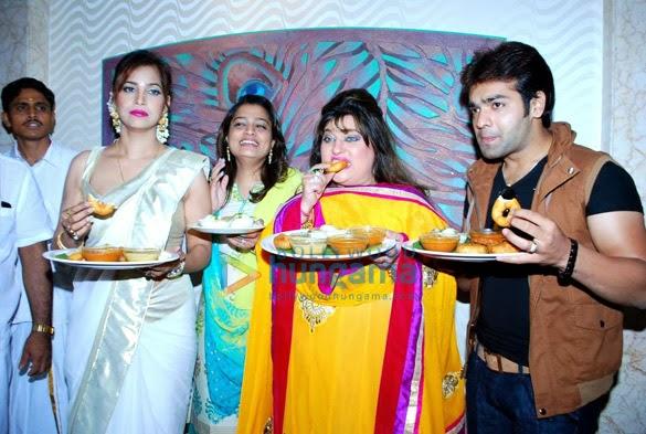 Tanisha Singh graces South Indian Food Festival at Radhakrishna Hotel