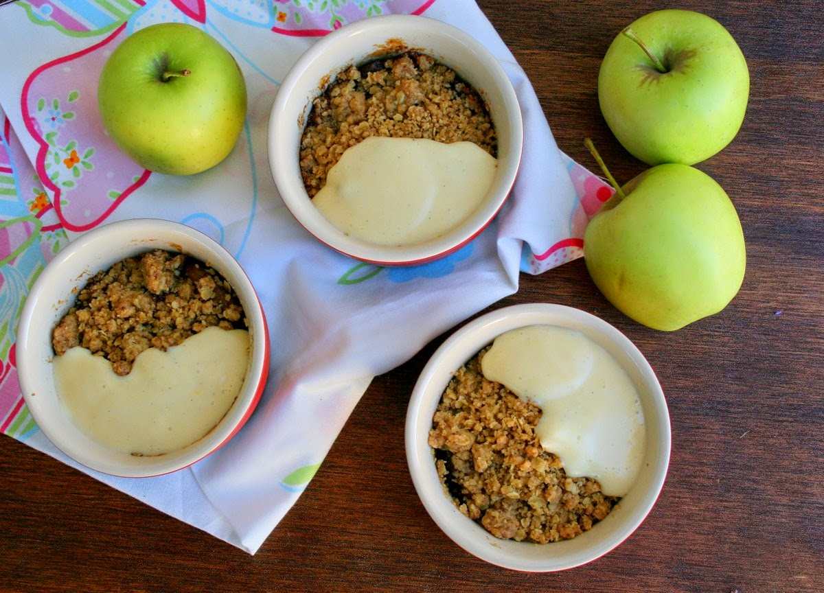cupcakes  couscous apple  raisin oaty crumble with