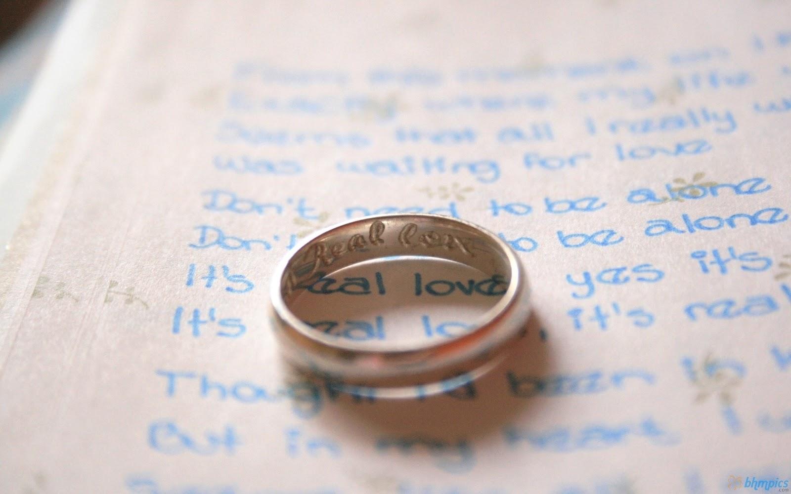 http://3.bp.blogspot.com/-G_qsqKGGMog/UIol0S48d9I/AAAAAAAAGqQ/YAs9UvRjaY4/s1600/wedding_ring_paper-1680x1050.jpg