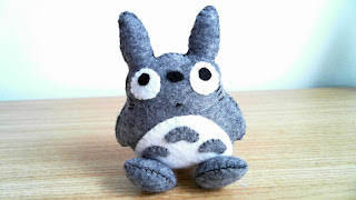 How to Make a Totoro Plushie from felt tutorial