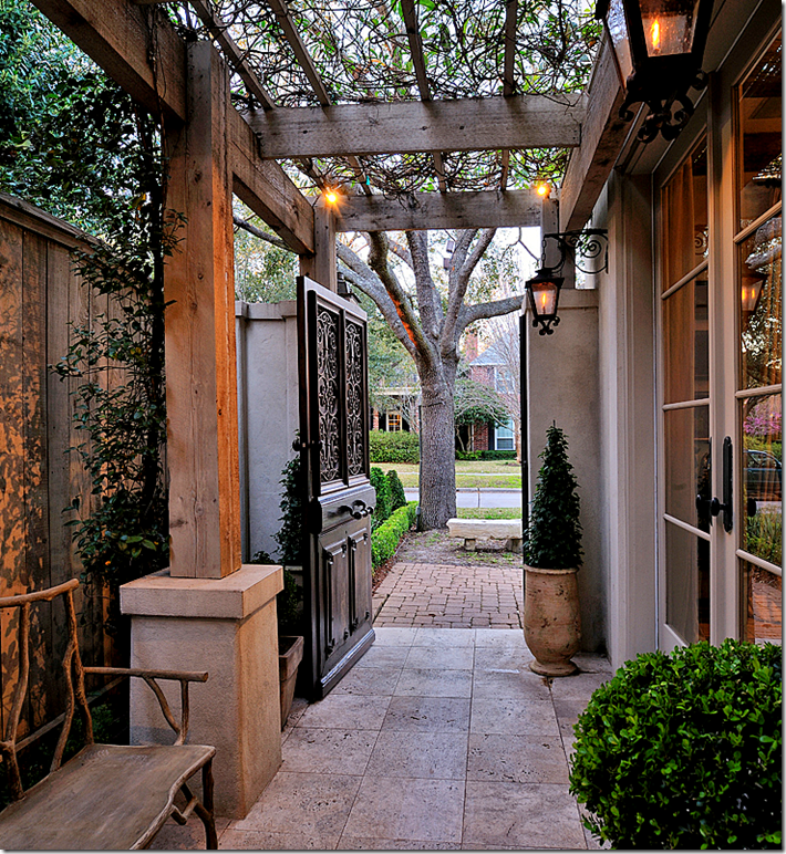 Red door living all time favorite courtyard in texas for What is a courtyard garage
