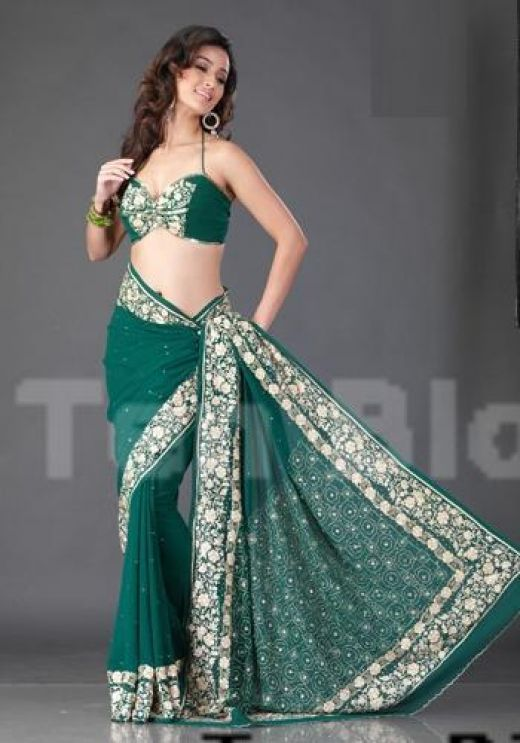 how to wear saree in modern style