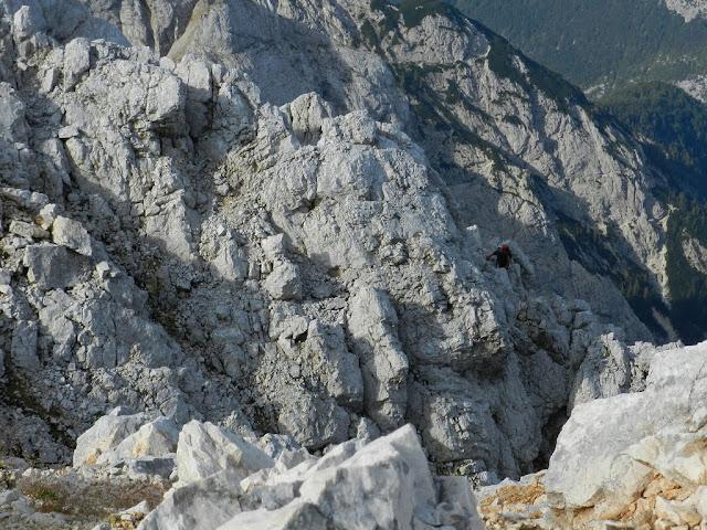 Le rocce sommitali del Razor, da cui sale la via normale