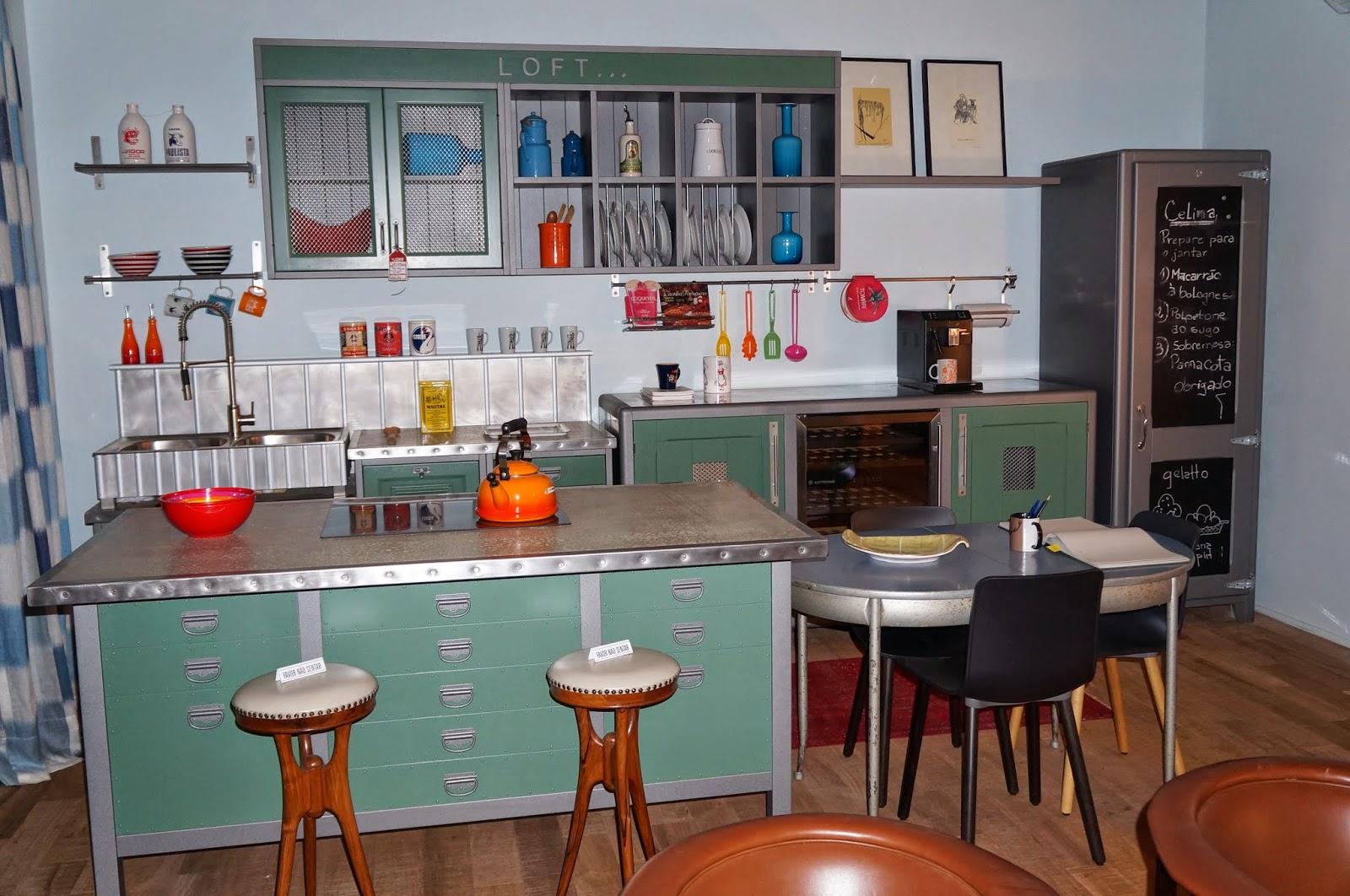 #723C29  ambientes no estilo retrô Blog Carina Pedro Design de Interiores 1600x1062 px Projeto Para Montar Uma Cozinha Industrial_4963 Imagens