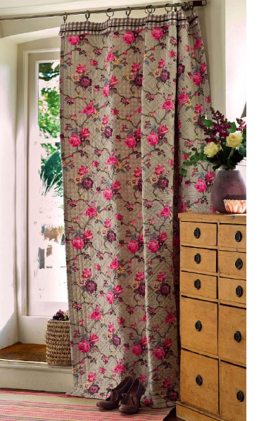 Decorating with fabric, easy curtains to make,