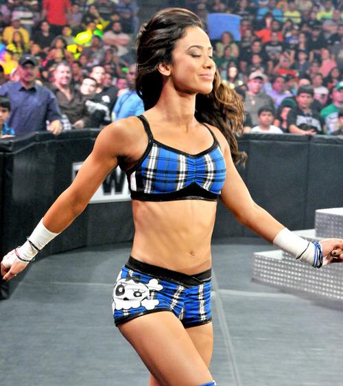 WWE+AJ+Lee_6