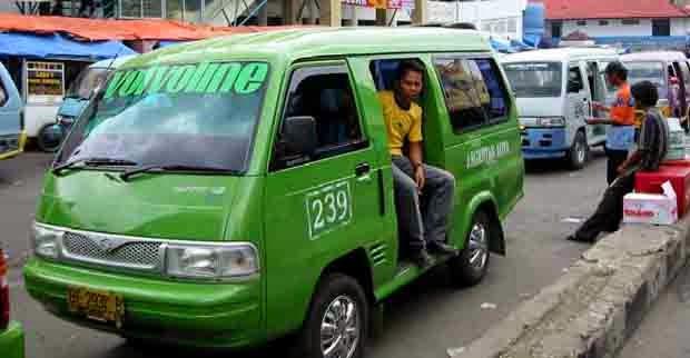 Sopir Angkot di Bandar Lampung Tarik Ongkos Rp 4.000