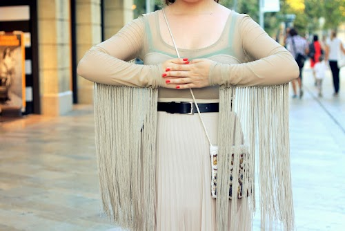 Beige and fringes♥