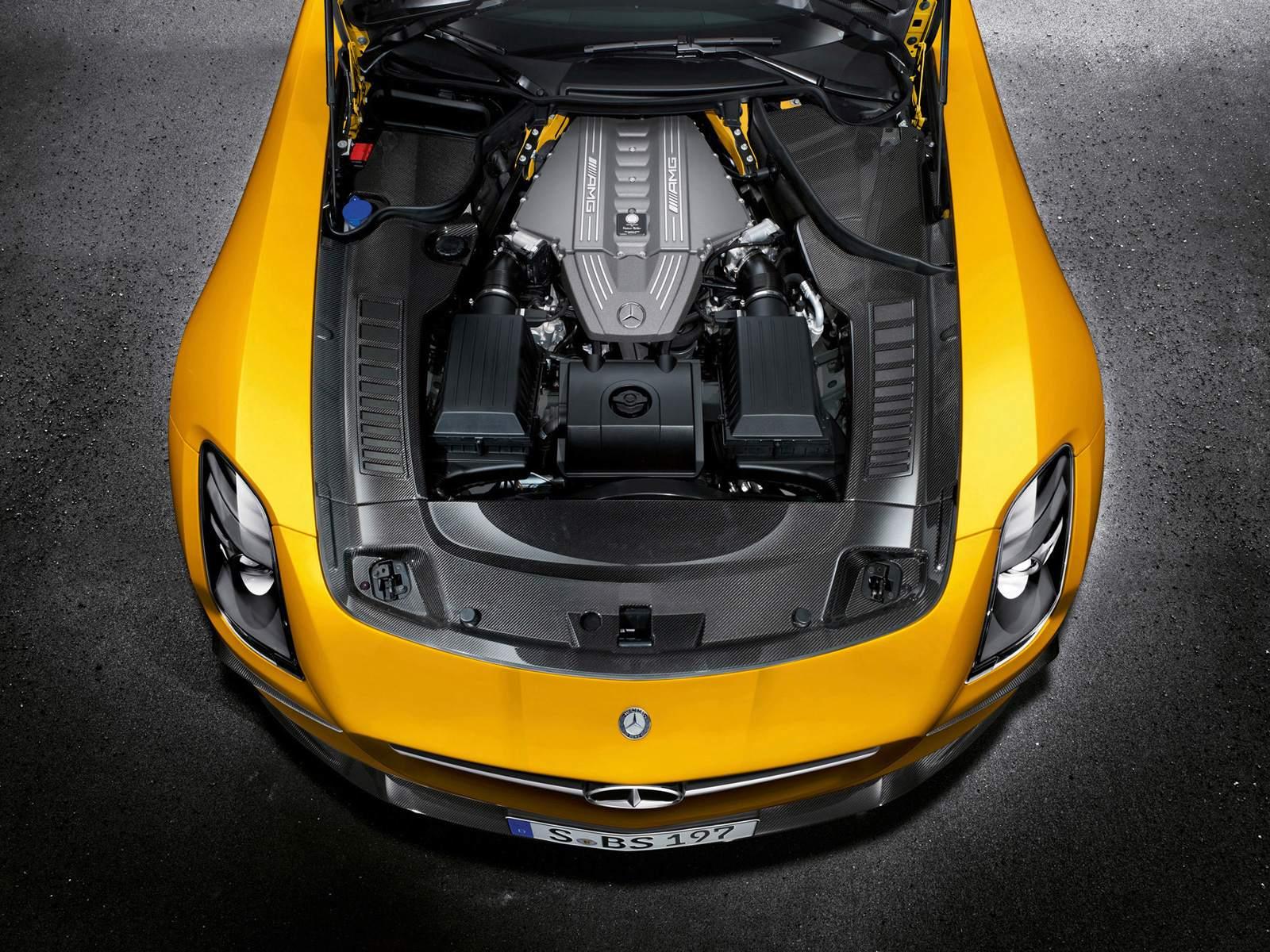 http://3.bp.blogspot.com/-GbZ6Wdldudo/UT8fmZeSzYI/AAAAAAAADu0/6xWnqH34TII/s1600/Black-Yellow-Mercedes-Benz-SLS-AMG-Wallpaper-hd.jpg