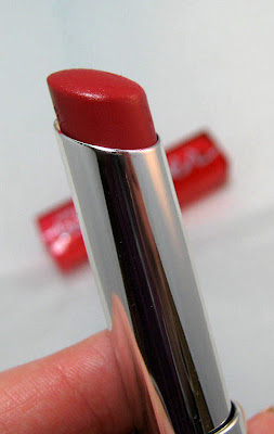 Maybelline Color Whisper Who Wore It Red-er