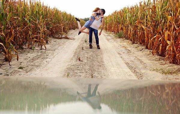 Đi khắp nước Mỹ chụp ảnh hôn nhau