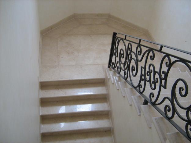 La marmolesa for Pisos en marmol y granito