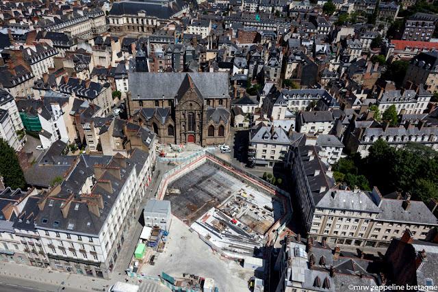 La Place Saint-Germain de Rennes... vue du ciel - 28 juin2015 - © MRW Zeppeline Bretagne