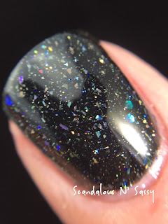Darling Diva Polish In Space, No One Can Hear You Scream Hug My Face Collection (Alien inspired) macro